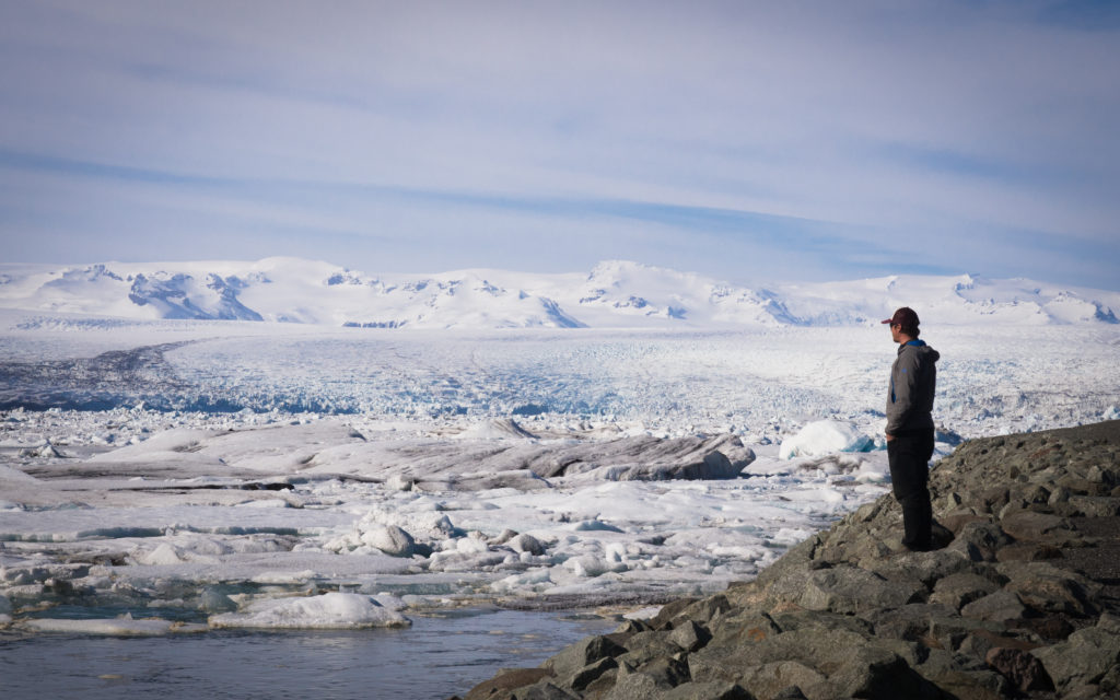 Icecap turns to icebergs on the southern coast