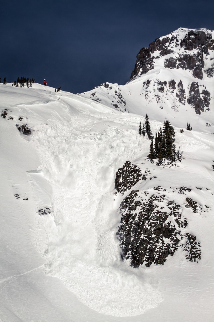 Avalanche triggered by a skier